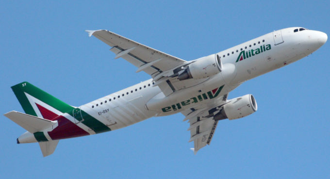 Alitalia tutela passeggeri