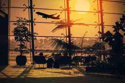 Nega risarcimento per il volo assicurazione europea for Cambio orario volo da parte della compagnia